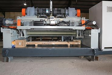 Geelong machinery exported one container, veneer edge grinding machine, veneer jointing machine, and spindleless veneer peeling machine and other plywood factor